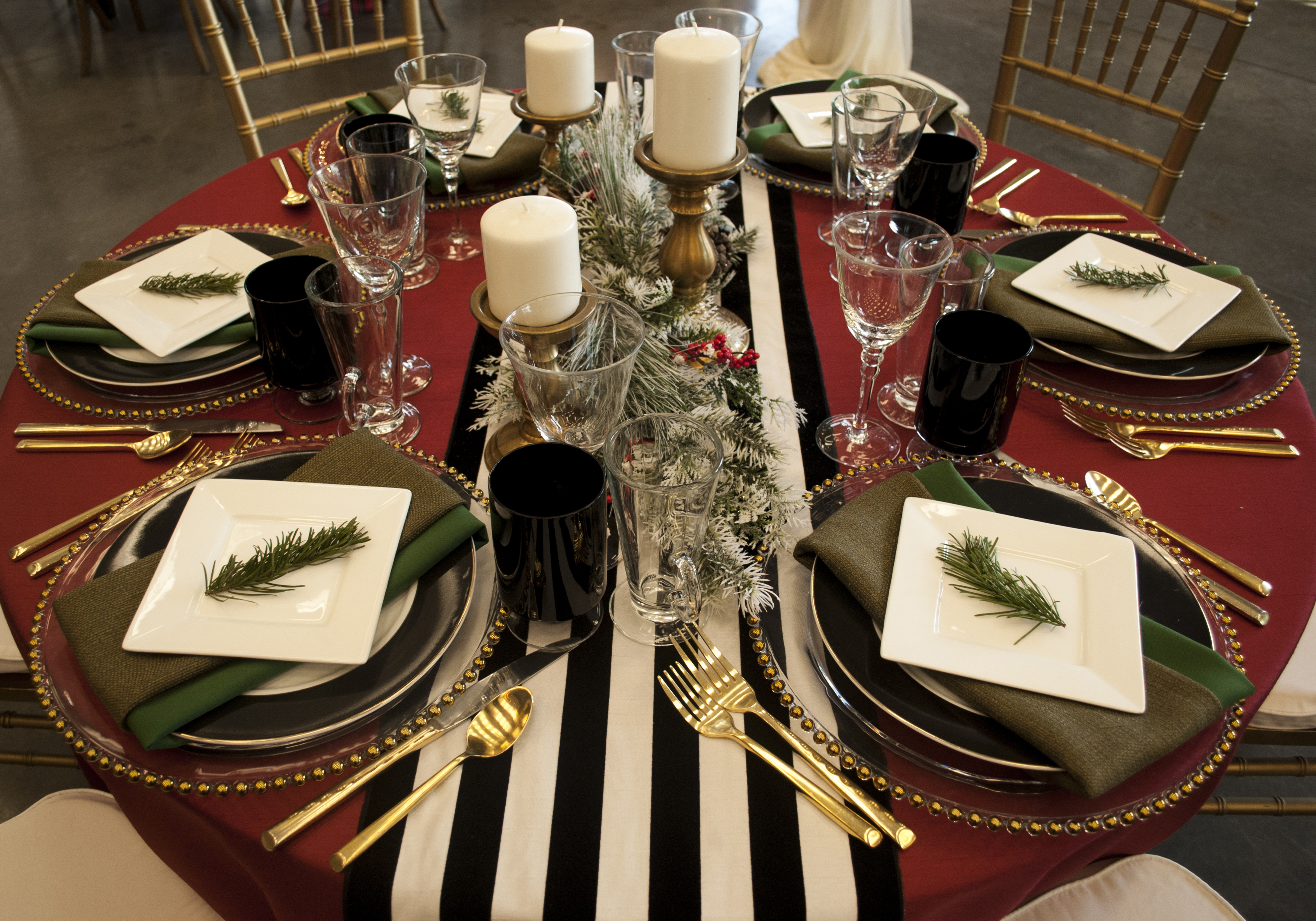 Go bold this year and experiment with black and white prints in your holiday décor! Red, green, and gold details will keep it festive and bold graphic ...